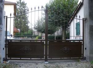 artisan-fabrication-portail-battant-ferronerie-automatique-varces