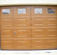 803 – Porte sectionnelle avec portillon