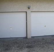 805 – Portes sectionnelles panneaux rainurées